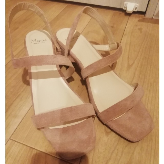 ★専用★ピンクベージュのサンダル レディースの靴/シューズ(サンダル)の商品写真