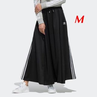 【レディースM】黒  ロングサテンスカート