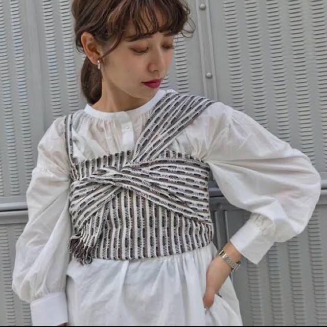 Kastane(カスタネ)のkastane ジャガードリボンビスチェ レディースのトップス(シャツ/ブラウス(半袖/袖なし))の商品写真