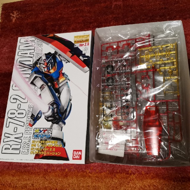 ガンプラEXPO限定 RX-78-2 ガンダム Ver.2.0 クリアカラー エンタメ/ホビーのおもちゃ/ぬいぐるみ(プラモデル)の商品写真