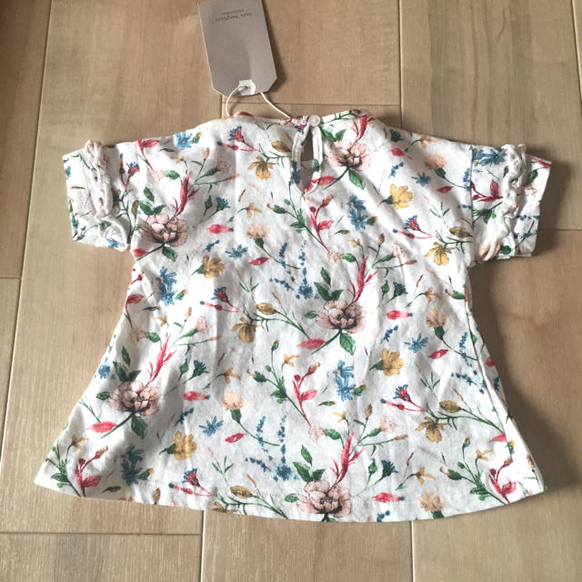 ZARA(ザラ)の新品未使用 ZARA baby Tシャツ 74 キッズ/ベビー/マタニティのベビー服(~85cm)(Tシャツ)の商品写真