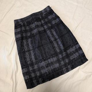 BURBERRY - バーバリーロンドン シルク 膝丈スカート 36 美品