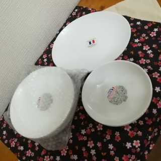 ヤマザキセイパン(山崎製パン)のヤマザキ春のパン祭り お皿3種類 10枚(食器)