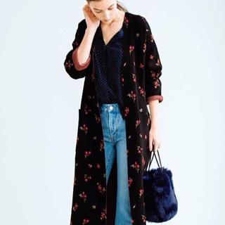 ミラオーウェン(Mila Owen)のMila Owen小花柄とジャガードの2wayニットスプリングコート。(スプリングコート)