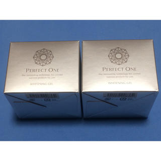 PERFECT ONE - 🌷 パーフェクトワン 薬用ホワイトニングジェル 75g×2🌷