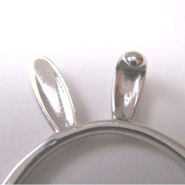うさ耳の指輪 フリーサイズ【送料込】 レディースのアクセサリー(リング(指輪))の商品写真