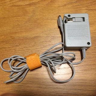 ニンテンドー3DS(ニンテンドー3DS)の3DS 充電コード(バッテリー/充電器)