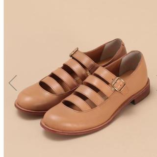 コンジェペイエアデュートリステス(conges payes ADIEU TRISTESSE)のコンジェペイエ 4連ストラップシューズ ナチュラル(ローファー/革靴)