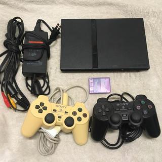 プレイステーション2(PlayStation2)のPS2本体 コントローラー2つ メモリーカードセット(家庭用ゲーム本体)