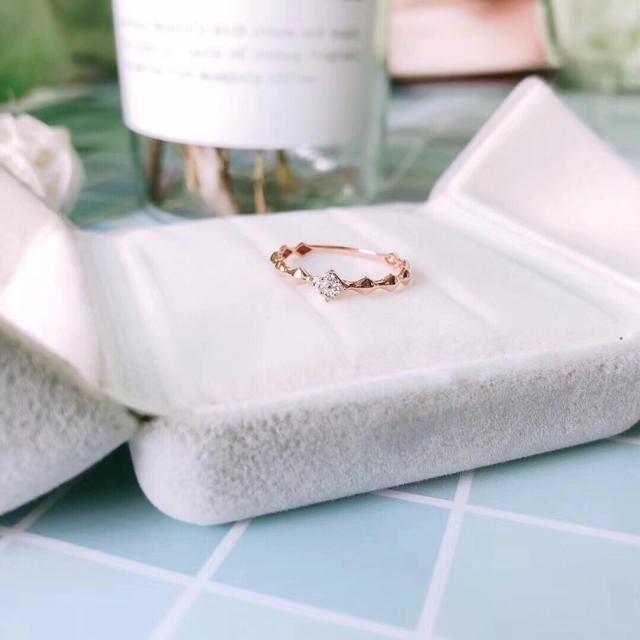 ダイヤモンド リング K18 レディースのアクセサリー(リング(指輪))の商品写真