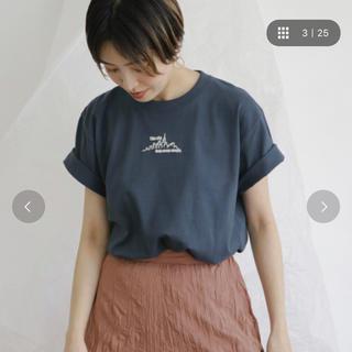 ケービーエフ(KBF)のKBF スモールモチーフロゴTシャツ(Tシャツ(半袖/袖なし))