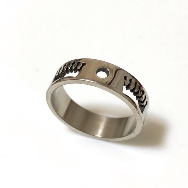 同時購入で300円 ステンレス指輪 王冠 キング レディースのアクセサリー(リング(指輪))の商品写真