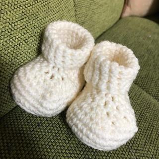 手編みのベビーシューズ(靴下/タイツ)
