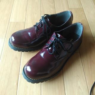 シマムラ(しまむら)の未使用 3ホールシューズ エンジ色 Lサイズ(ローファー/革靴)