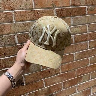 グッチ(Gucci)のグッチ×ニューヨークヤンキースNYコラボ ベースボールキャップ/ベージュ(キャップ)