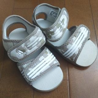 アディダス(adidas)のadidas★アディダス サンダル 迷彩 ベージュ 15cm 美品(サンダル)