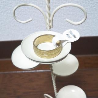 ステンレスリング  ゴールド(リング(指輪))