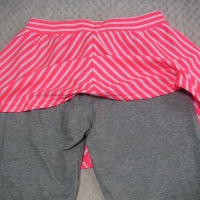 adidas(アディダス)の【新品】アディダス★スコート・パンツ(ピンク×グレー)★150 センチ キッズ/ベビー/マタニティのキッズ服 女の子用(90cm~)(パンツ/スパッツ)の商品写真