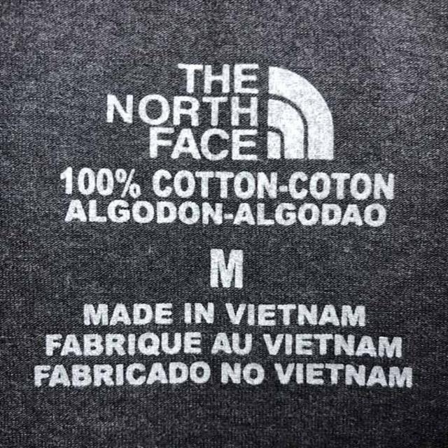 THE NORTH FACE(ザノースフェイス)のノースフェイス ロゴ Tシャツ THE NORTH FACE メンズ グレー M メンズのトップス(Tシャツ/カットソー(半袖/袖なし))の商品写真