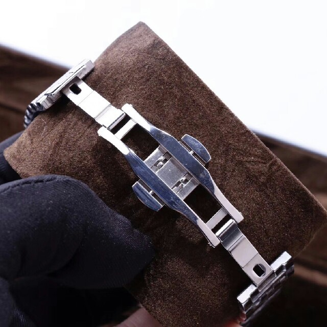 OMEGA(オメガ)のシーマスター プラネットオーシャン クロノ   メンズの時計(腕時計(アナログ))の商品写真