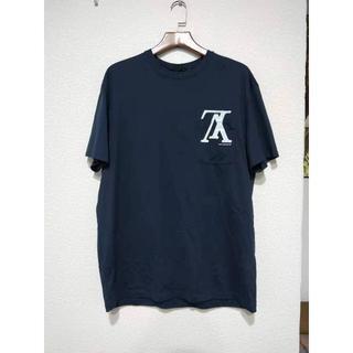 ルイヴィトン(LOUIS VUITTON)の《LV》アップサイドダウンLVロゴポケットTシャツ(Tシャツ/カットソー(半袖/袖なし))