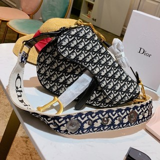 ディオール(Dior)のDior ボディバッグ ウエストポーチ(ボディバッグ/ウエストポーチ)
