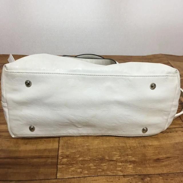ZARA(ザラ)のZARA ザラ ホワイト バッグ ショルダー レディースのバッグ(ハンドバッグ)の商品写真