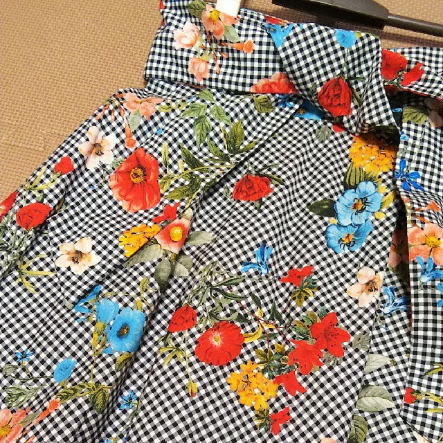 ZARA(ザラ)のZARA チェック×花柄スカート (XS) レディースのスカート(ロングスカート)の商品写真