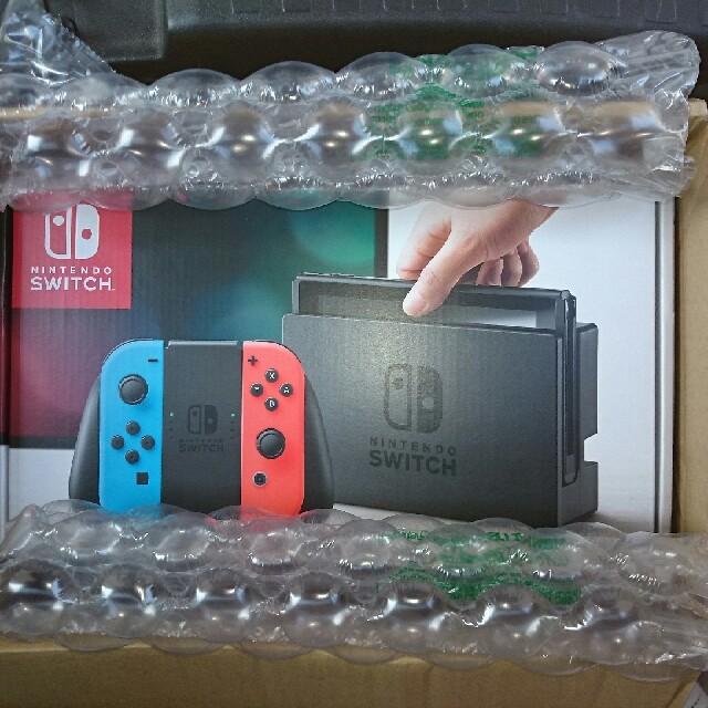 Nintendo Switch(ニンテンドースイッチ)のニンテンドースイッチ 本体 ネオン 新品未開封 送料無料 エンタメ/ホビーのテレビゲーム(家庭用ゲーム本体)の商品写真