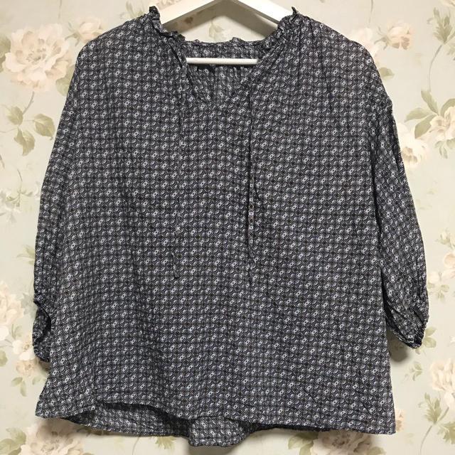 GU(ジーユー)のGU 小紋柄ブラウス レディースのトップス(シャツ/ブラウス(長袖/七分))の商品写真
