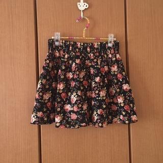 ワンアフターアナザーナイスクラップ(one after another NICE CLAUP)の花柄のレトロスカート(ミニスカート)