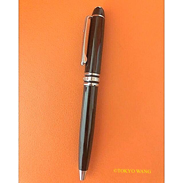 MONTBLANC(モンブラン)のMONTBLANC モンブラン スモール ボールペン 黒 インテリア/住まい/日用品の文房具(ペン/マーカー)の商品写真