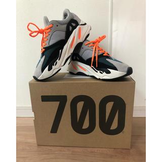 アディダス(adidas)のyeezy boost 700(スニーカー)