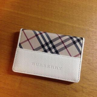 バーバリー(BURBERRY)のBurberryパスケース♡(日用品/生活雑貨)