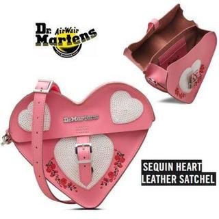 ドクターマーチン(Dr.Martens)のドクターマーチン バレンタイン ハート ピンク サッチェル ショルダーバッグ(ショルダーバッグ)