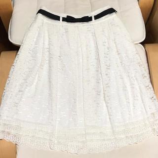 トゥービーシック(TO BE CHIC)のTO BE CHIC フラワーレーススカート 40 リボン トゥービーシック(ひざ丈スカート)
