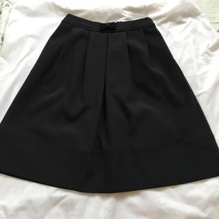 トゥービーシック(TO BE CHIC)のTO BE CHIC ふんわりスカート新品未使用品サイズ38 ブラック(ひざ丈スカート)