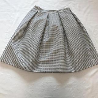 ルネ(René)のルネ スカート34サイズ TISSUE高級生地 松屋銀座購入 極美品値引き(ひざ丈スカート)