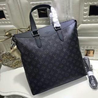 Gucci - ルイ・ヴィトン   メンズ   ビジネスバッグ   人気