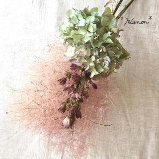 *ハンドメイド*ピンクスモークツリーと紫陽花のスワッグ*ドライフラワーアジサイ(ドライフラワー)