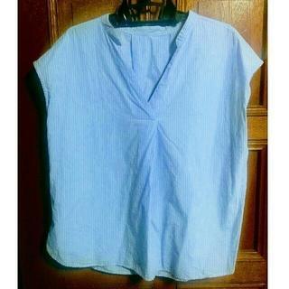 ジーユー(GU)のGU水色ストライプシャツ(シャツ/ブラウス(半袖/袖なし))