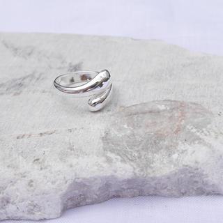 アメリヴィンテージ(Ameri VINTAGE)のダブルスネークリング / SILVER925(リング(指輪))