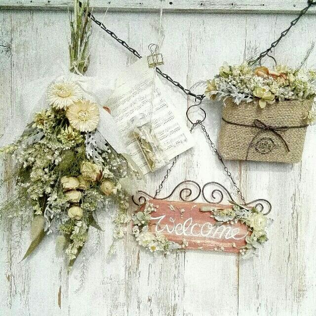 📍しろにゃん様専用ページ ウェルカム🔘ガーランド【ばらとデルフィニウム】白系 ハンドメイドのフラワー/ガーデン(ドライフラワー)の商品写真