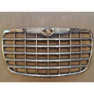 Chrysler - クライスラー300C純正グリル