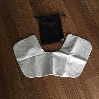 ムジルシリョウヒン(MUJI (無印良品))の無印  携帯ピロー ライトグレー 新品未使用(旅行用品)
