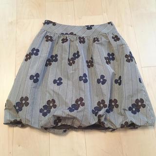 エムズグレイシー(M'S GRACY)のエムズグレイシー 定番花柄スカート(ひざ丈スカート)