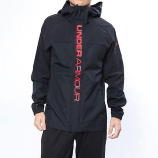 アンダーアーマー(UNDER ARMOUR)のアンダーアーマー  長袖 ウインドブレーカー 赤×黒 Lサイズ(ウェア)