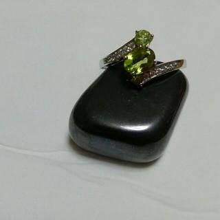 天然石ペリドットリング❤18号❤宝石質1.5カラット❤(リング(指輪))
