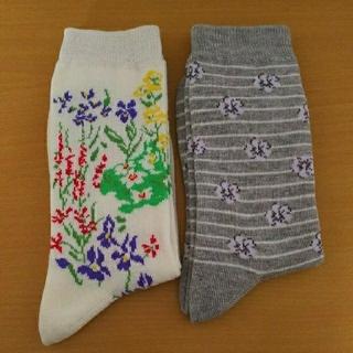 ディーエイチシー(DHC)の花柄靴下 2足セット(ソックス)