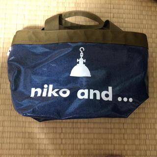 ニコアンド(niko and...)のniko  and   ビニール手提げバッグ(ハンドバッグ)